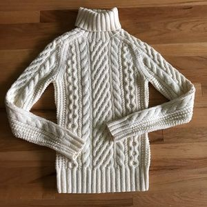 J. Crew // Handknit 100% Wool Turtleneck Sweater
